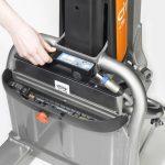 low-lift-pallet-trucks_CiTi-one_battery-change